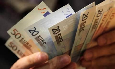 Ανάσα για εκατομμύρια Έλληνες - Μέσα σε ένα μήνα θα δουν περισσότερα χρήματα στο λογαριασμό τους