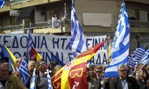 Συγκίνηση στον Πύργο: Εκατοντάδες πολίτες βροντοφώναξαν για την ελληνικότητα της Μακεδονίας (pics)