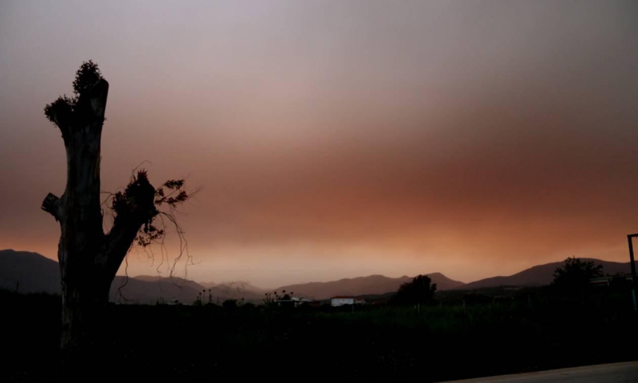 Καιρός τώρα: Με λασποβροχές, καταιγίδες και αφρικανική σκόνη η Δευτέρα (pics)