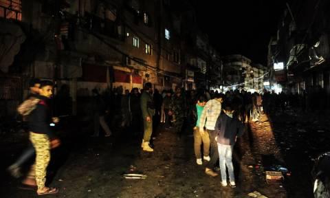 Συρία: 29 νεκροί από ρουκέτες που έπληξαν τη συνοικία Τζαραμάνα της Δαμασκού