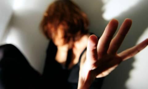 Θρίλερ στο Αιγάλεω: Αυτός είναι ο «δράκος» που επιτίθεται σε ανήλικες και κυκλοφορεί ελεύθερος