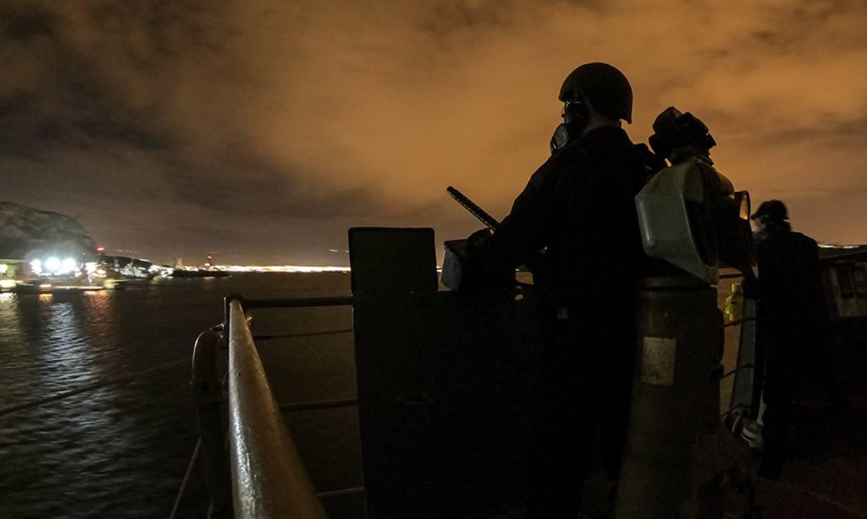 Οι εικόνες προκαλούν δέος - Δύναμη πυρός από το Πολεμικό Ναυτικό στο Μυρτώο Πέλαγος (pics)