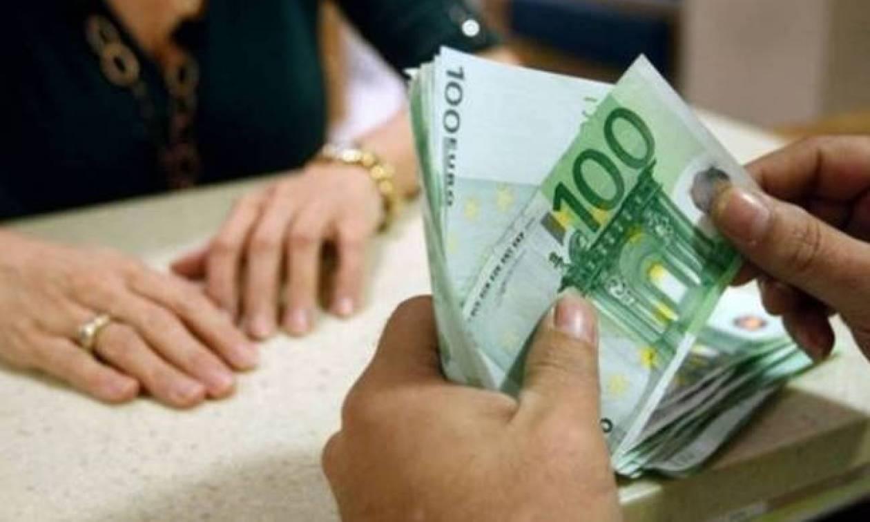 Αναδρομικά: Ποιοι συνταξιούχοι θα δούνε έως και 1.880 ευρώ στο λογαριασμό τους (ΠΙΝΑΚΕΣ)