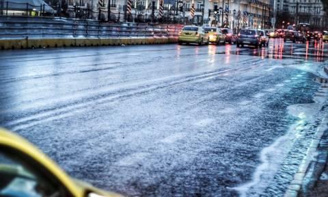 Καιρός - Έκτακτο δελτίο: Ισχυρές βροχές και καταιγίδες τη Δευτέρα (26/03)
