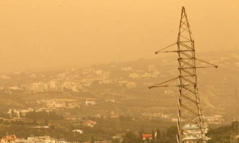 Saharan dust cloud over Attica «not toxic» says lung specialist
