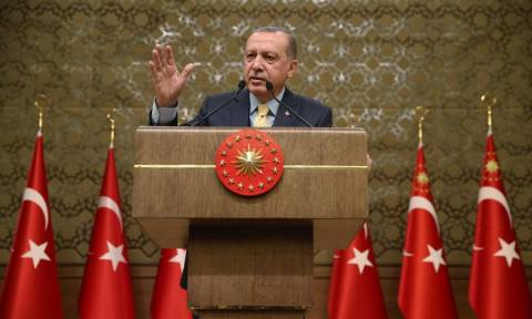 Erdogan refers to Justice when asked about the two Greek soldiers