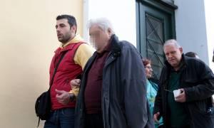 Ελεύθερος ο 88χρονος που πυροβόλησε ληστές στη Γλυφάδα