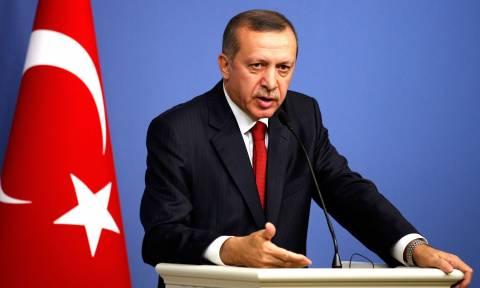 Εμπρηστικός Ερντογάν: «Δεν θα υποχωρήσουμε από τα δικαιώματά μας σε Αιγαίο και Κύπρο»