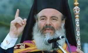 Το παράξενο βίντεο από την ταφή του Αρχιεπισκόπου Χριστόδουλου - Γιατί τον έθαψαν ανάποδα;
