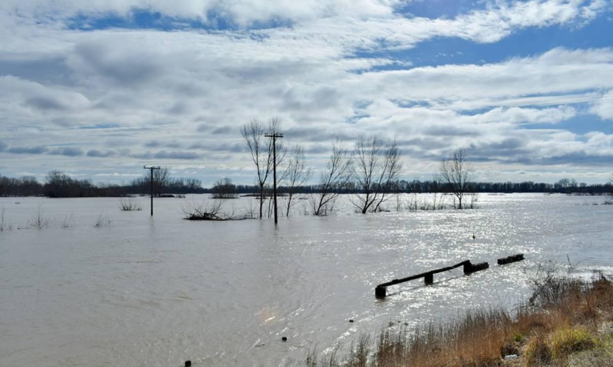 Πάνω από το όριο επικινδυνότητας η στάθμη των νερών στον Έβρο