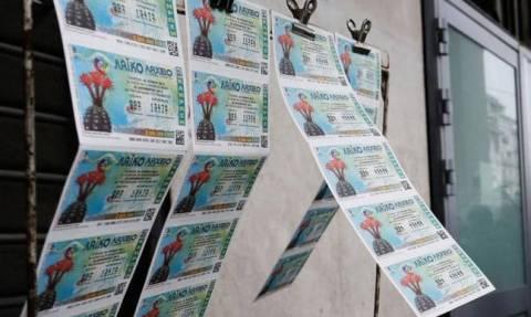 «Από μηχανής» λαχειοπώλης έφερε το Μεγάλο Λαχνό των 2.973.400 ευρώ σε έναν υπερτυχερό από την Αθήνα