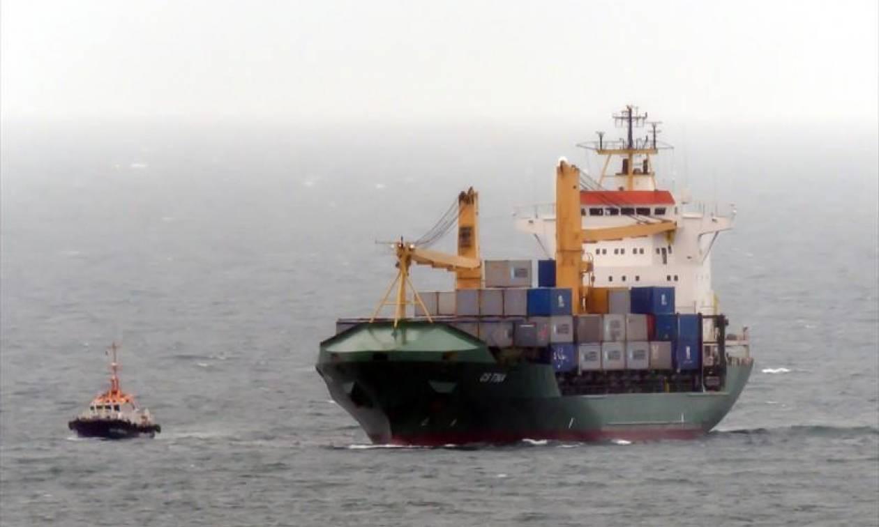 Κέα: Αποκαταστάθηκε η μηχανική βλάβη στο ακυβέρνητο πλοίο