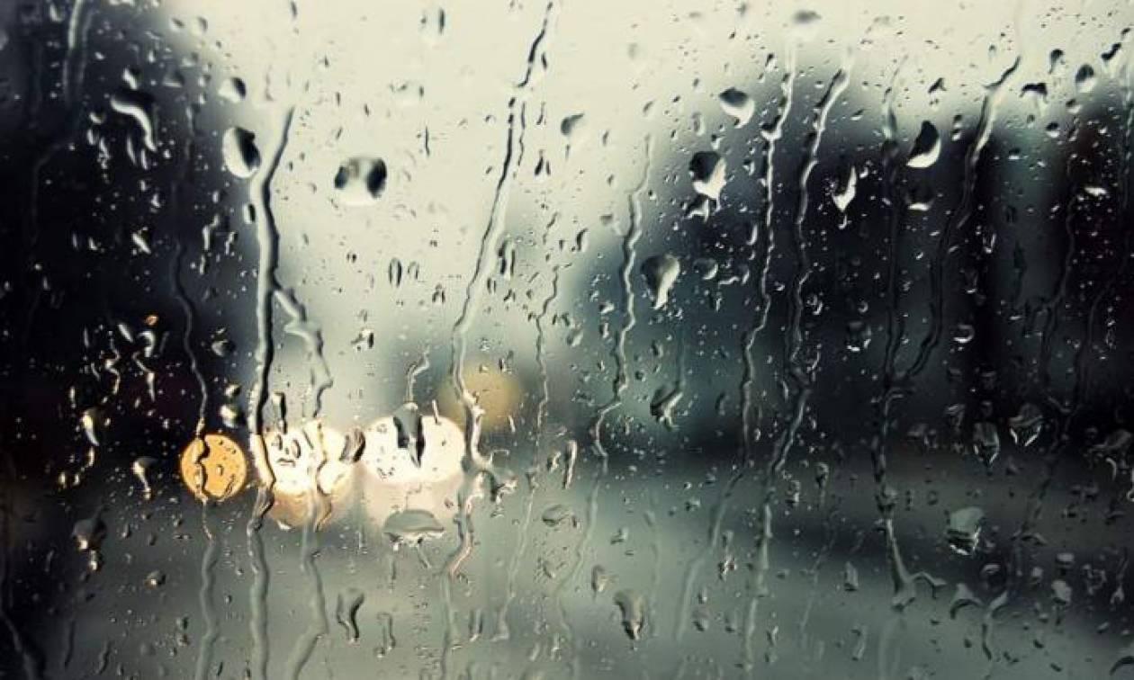 Καιρός Πάσχα 2018: Η ΕΜΥ προειδοποιεί για βροχές και καταιγίδες την Κυριακή