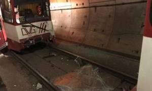 Σύγκρουση συρμών του μετρό στη Γερμανία – Αναφορές για θύματα