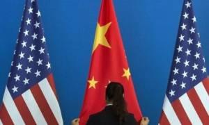 Πιο ορατός από ποτέ ο «παγκόσμιος πόλεμος εμπορίου»: Η Κίνα «απαντά» στον Τραμπ με το ίδιο νόμισμα