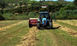 Κάρτα του Αγρότη: Συμφωνία τραπεζών με ΥΠΑΑΤ για επέκταση του πιστωτικού ορίου