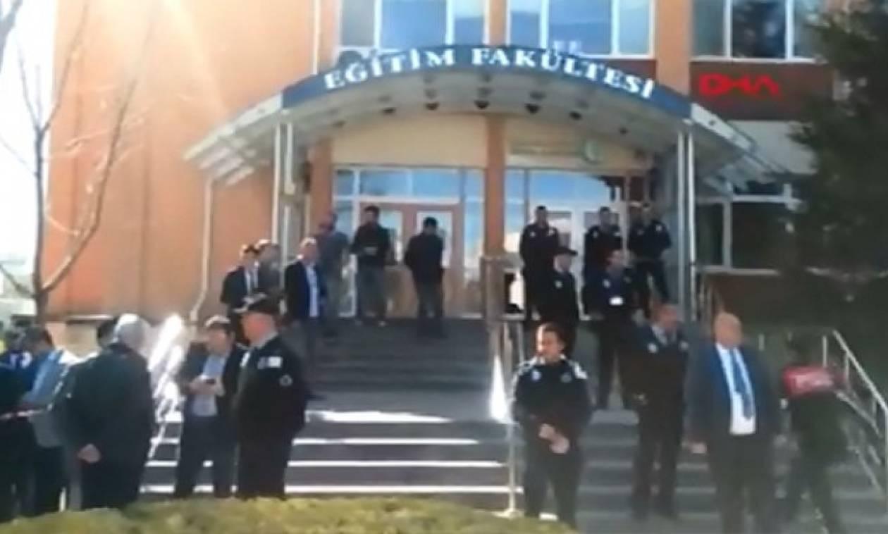 Τουρκία: Εκτέλεσε τους 4 συναδέλφους του στο πανεπιστήμιο γιατί τους θεωρούσε… Γκιουλενιστές! (vids)