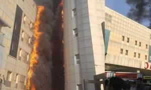 Συγκλονιστικές εικόνες: Πύρινη «κόλαση» σε πολυώροφο νοσοκομείο της Κωνσταντινούπολης (vids+pics)