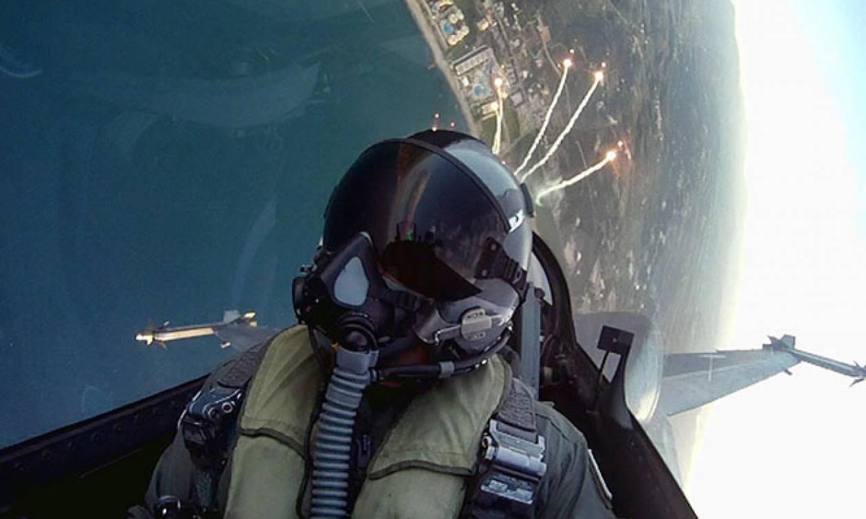 Ελληνικό F-16 πήρε στο κυνήγι τουρκικό μη επανδρωμένο αεροσκάφος