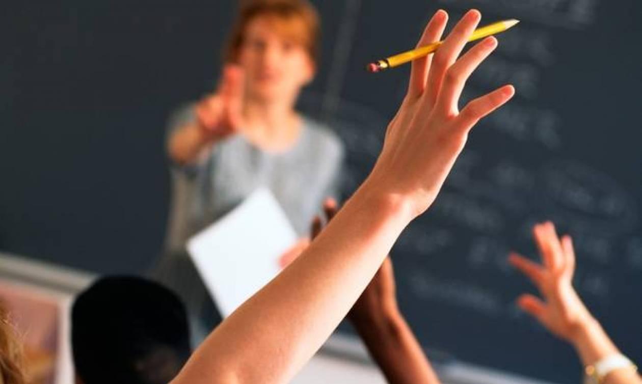Αναπληρωτές εκπαιδευτικοί: Περισσότερες από 100.000 αιτήσεις για 20.000 θέσεις