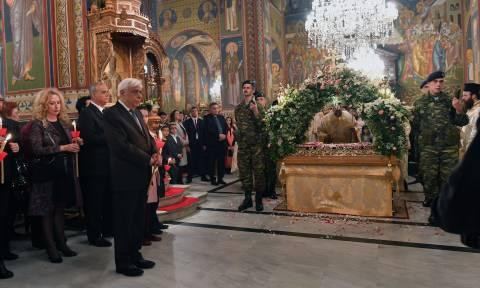 Πάσχα 2018: Στην περιφορά του Επιταφίου στην Καλαμάτα ο Προκόπης Παυλόπουλος