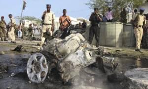 Σομαλία: Επτά νεκροί σε δύο επιθέσεις βομβιστών-καμικάζι στη Μογκαντίσου