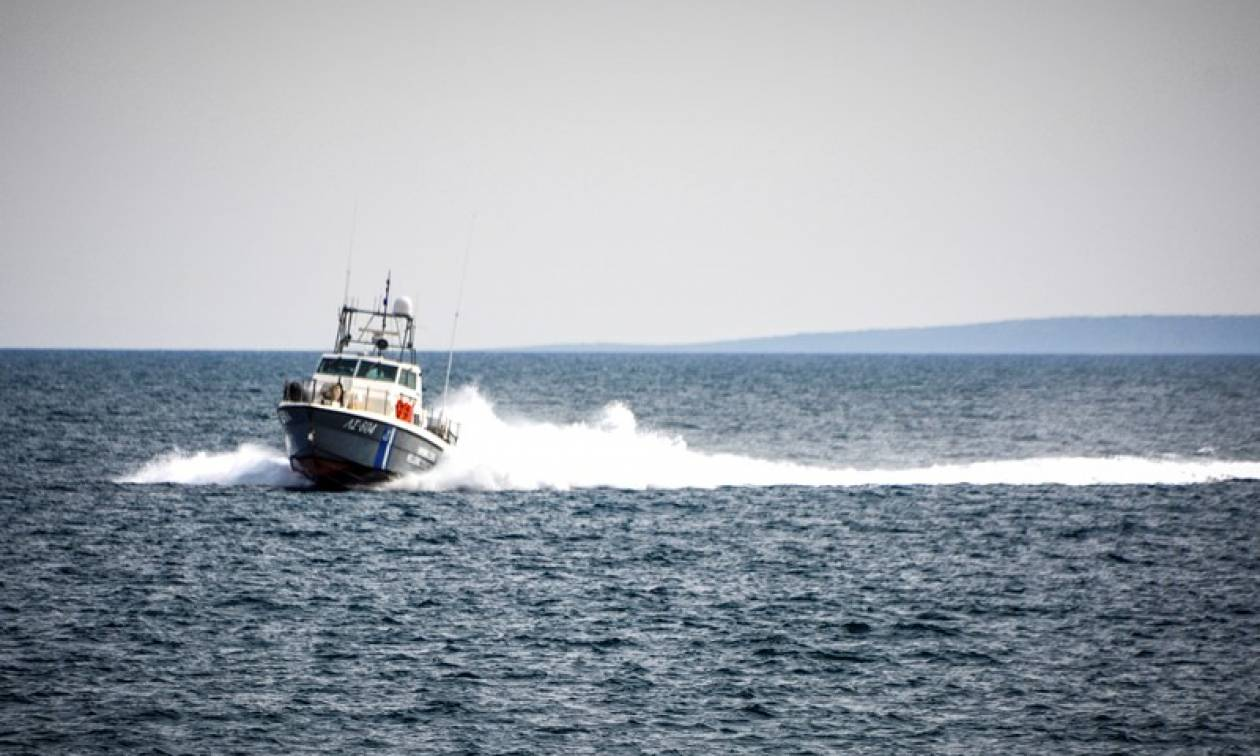 Διάσωση 17 προσφύγων ανοιχτά της Χίου
