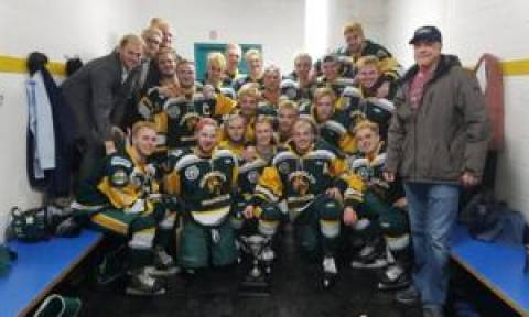Canada crash: 14 killed as junior hockey team's bus and lorry collide