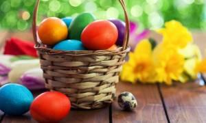 Το λάθος που κάνουμε με τα πασχαλινά αυγά και είναι επικίνδυνο για την υγεία μας