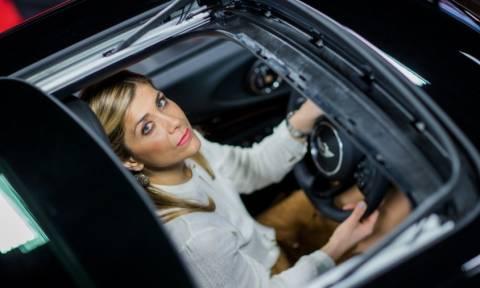 Η πιο επιτυχημένη πωλήτρια αυτοκινήτων στη Γερμανία είναι Ελληνίδα... όνειρο!