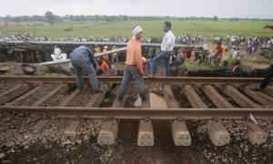 Τρόμος! Βαγόνια αποκόπηκαν από τρένο και κυλούσαν ανεξέλεγκτα για 12 χιλιόμετρα