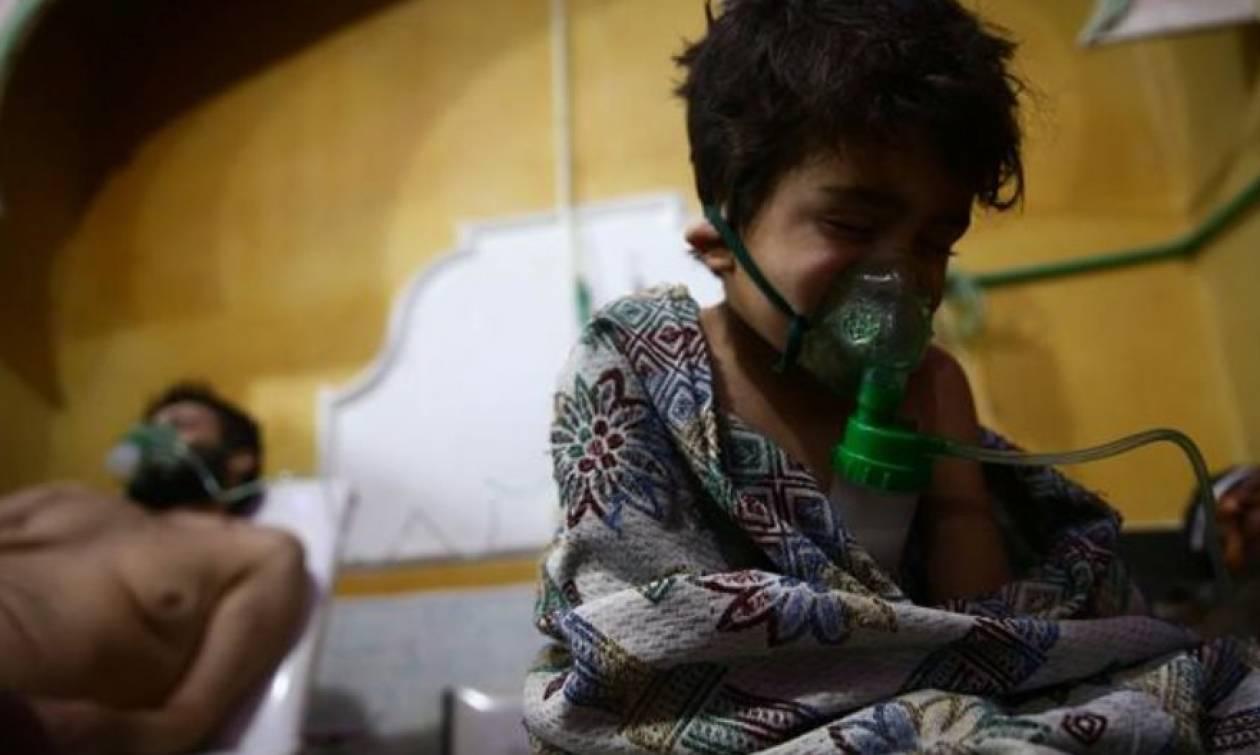 Εικόνες ΣΟΚ: Στους 60 οι νεκροί από τη χημική επίθεση στην Ντούμα – Επικοινωνία Ερντογάν με Πούτιν