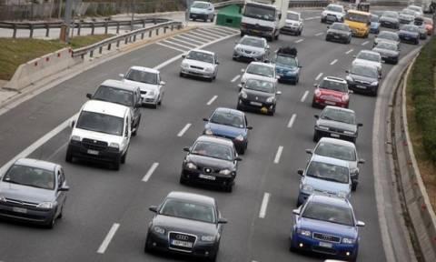 Επιστρέφουν οι εκδρομείς του Πάσχα - Πού εντοπίζονται προβλήματα στο οδικό δίκτυο
