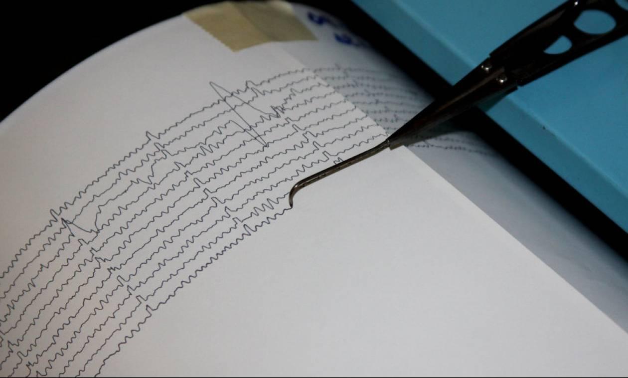 Σεισμός 4,7 Ρίχτερ αναστάτωσε την κεντρική Ιταλία (pic)