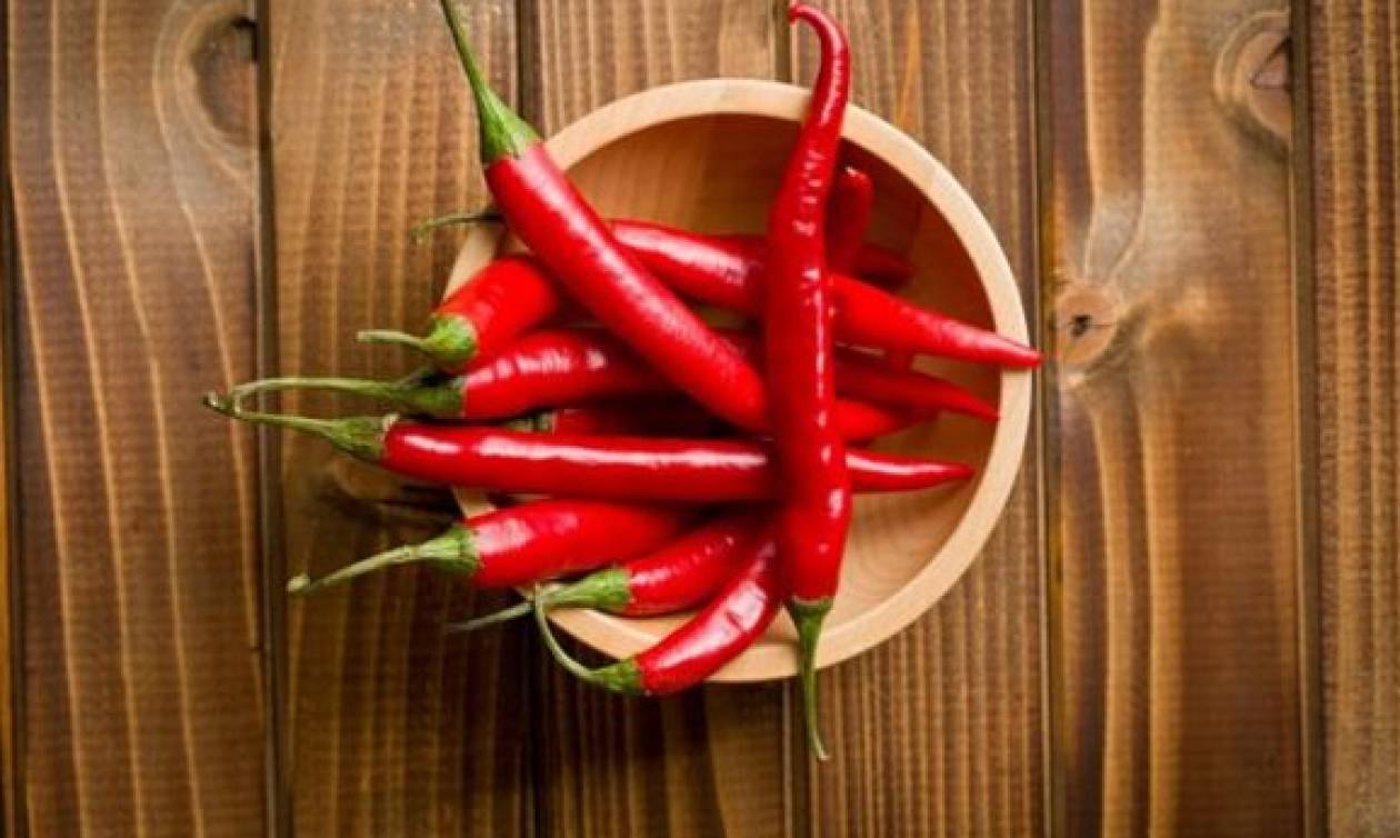 Απίστευτο: Δείτε τι του συνέβη όταν έφαγε την πιο καυτερή πιπεριά στον κόσμο