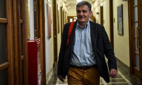 Tsakalotos: The markets anticipate a successful exit from the memoranda