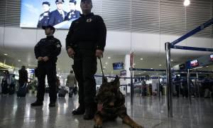 Ελ. Βενιζέλος: Κατάπιε μισό κιλό κοκαΐνη και προσπάθησε να περάσει τον έλεγχο
