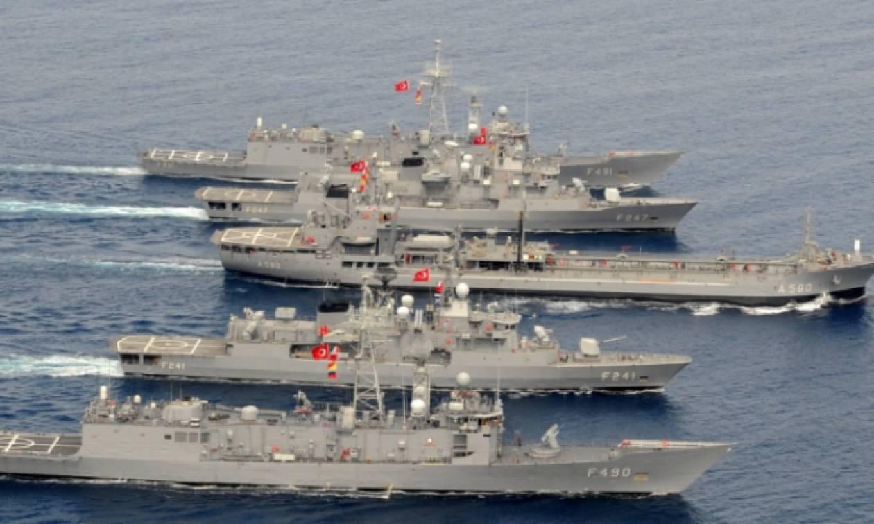 Συναγερμός στο Αιγαίο: «Oι Τούρκοι απειλούν να βουλιάξουν ελληνικό πλοίο»