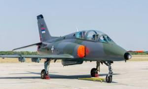 Συντριβή στρατιωτικού αεροσκάφους στη Σερβία - Ένας νεκρός