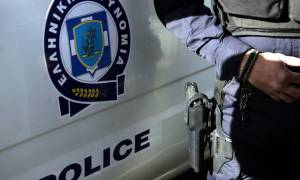 Συναγερμός στη Βαρυμπόμπη για πυροβολισμούς και φωτιά σε αυτοκίνητο