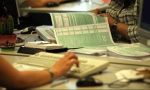 Φορολογικές δηλώσεις: Ποιοι αποφεύγουν την «παγίδα» των τεκμηρίων