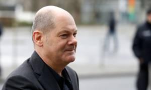 Γερμανικό ΥΠΟΙΚ: Μετά τον Αύγουστο οι αποφάσεις για το ελληνικό χρέος