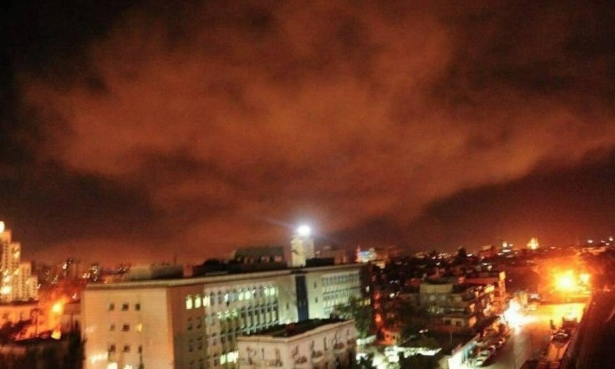 Πόλεμος Συρία: ΗΠΑ, Βρετανία και Γαλλία βομβάρδισαν στόχους στην ανατολική Δαμασκό