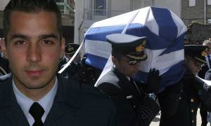 Αθάνατος: Η Ελλάδα αποχαιρέτησε τον ήρωα σμηναγό Γιώργο Μπαλταδώρο (pics&vids)
