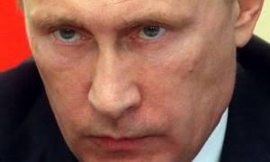 Οργή Πούτιν: Σκηνοθετήσατε την επίθεση με χημικά για να βομβαρδίσετε τη Συρία