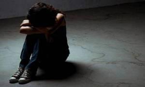 Φρίκη στην Αθήνα: Παιδεραστής μοίραζε στο Διαδίκτυο σκληρό πορνογραφικό υλικό με παιδιά