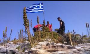 Φρίκη στο κέντρο της Αθήνας «Φυλάκιζαν» αλλοδαπές και τις εξέδιδαν για 16 ώρες την ημέρα