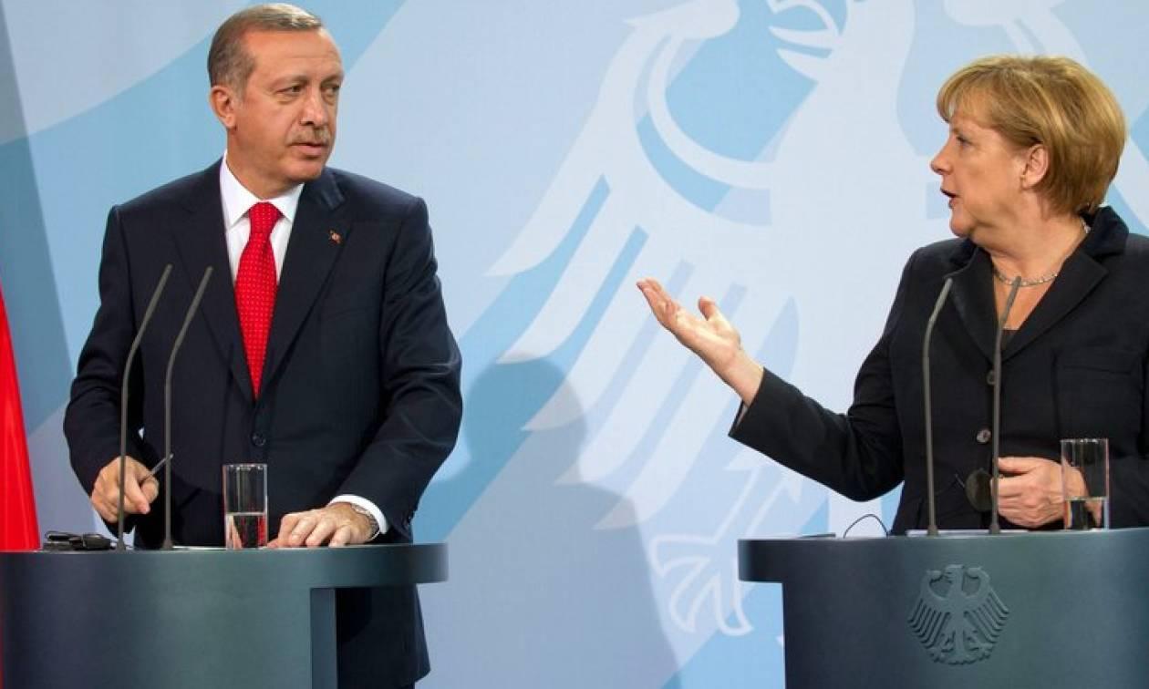 Τηλεφωνική επικοινωνία Μέρκελ - Ερντογάν για τη Συρία