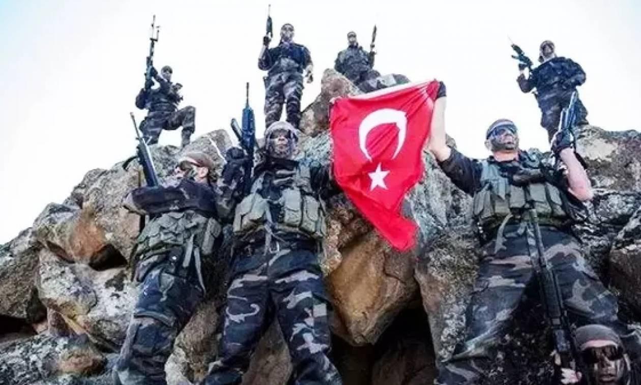 Συνεχίζουν τη γελοία προβοκάτσια οι Τούρκοι: «Βατραχάνθρωποι κατέβασαν τη σημαία από τον Ανθρωποφά»