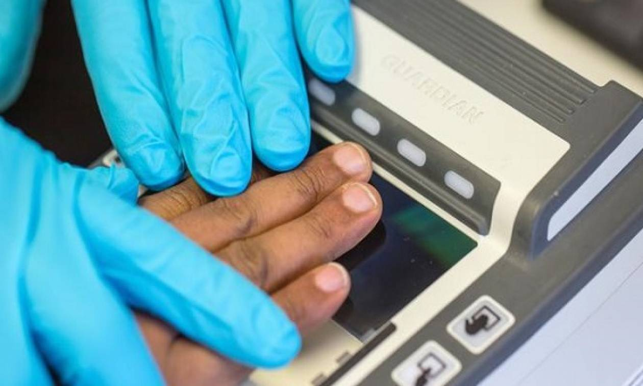 Ιδού οι νέες ταυτότητες: Διαθέτουν δακτυλικό αποτύπωμα και βιομετρικά στοιχεία!